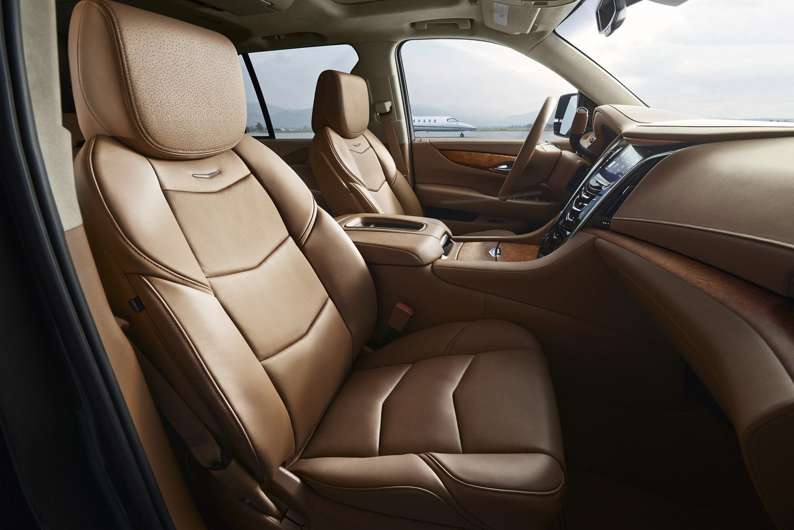 2015 Cadillac Escalade Platinum Edition Front Seats