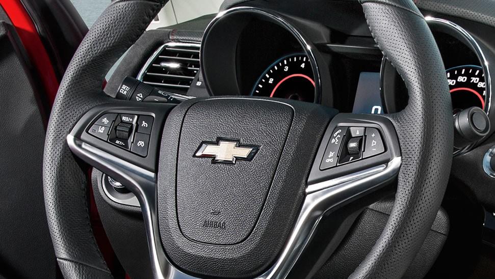 2015 Chevrolet SS Sedan Cockpit and Speedometer
