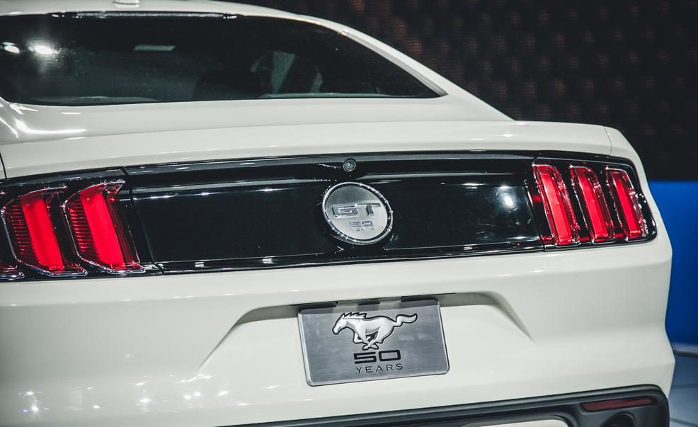 2015 Ford Mustang 50th Anniversary Edition Rear CloseUp 1557