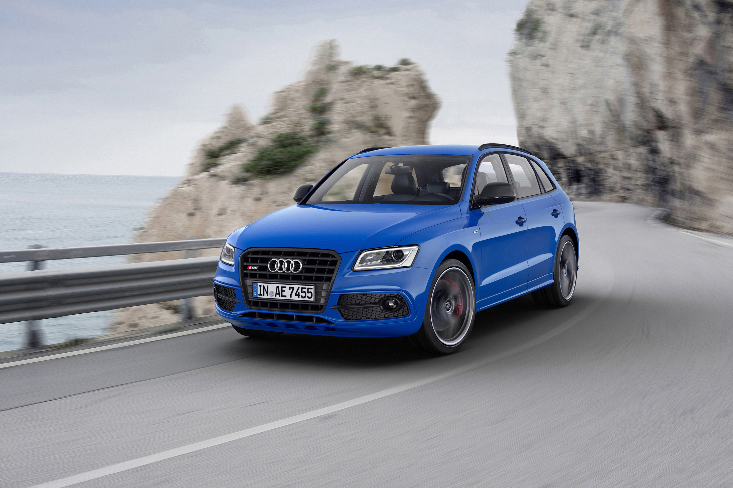 2016 Audi SQ5 TDI Plus Exterior Preview
