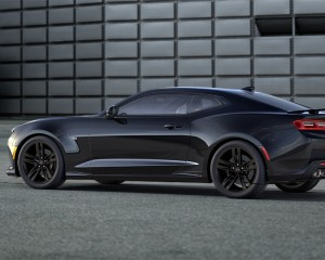 2016 Chevrolet Camaro Black Side Photo