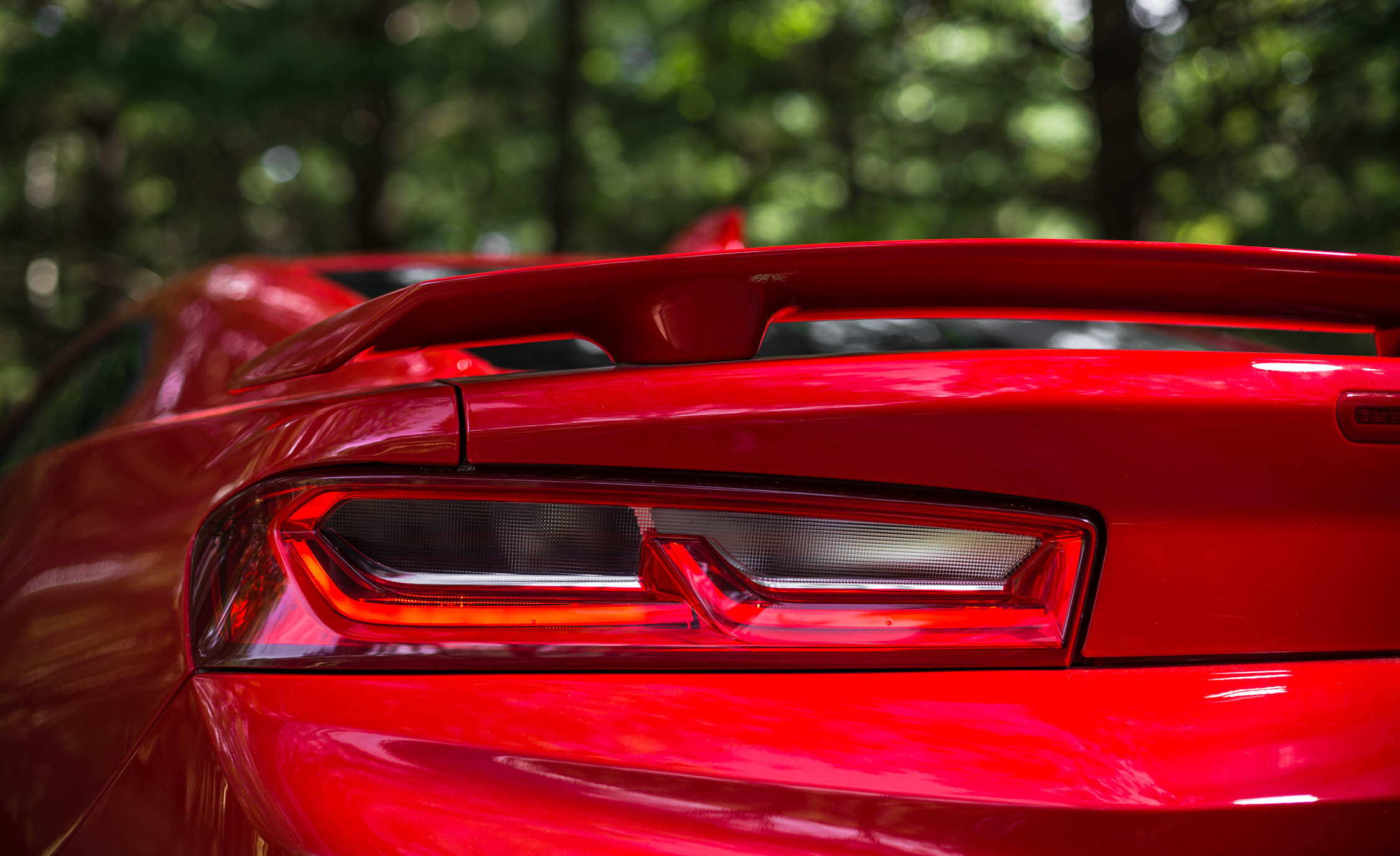 2016 Chevrolet Camaro SS Exterior Left Taillight