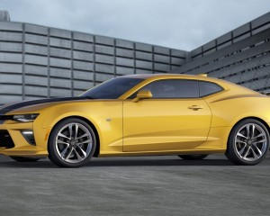 2016 Chevrolet Camaro Yellow Rally Stripes Side Photo