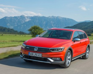 2016 Volkswagen Passat Alltrack Test Drive Photo