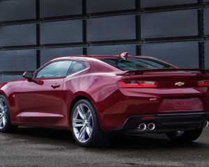 All-New 2016 Chevrolet Camaro Six Rear Side Exterior