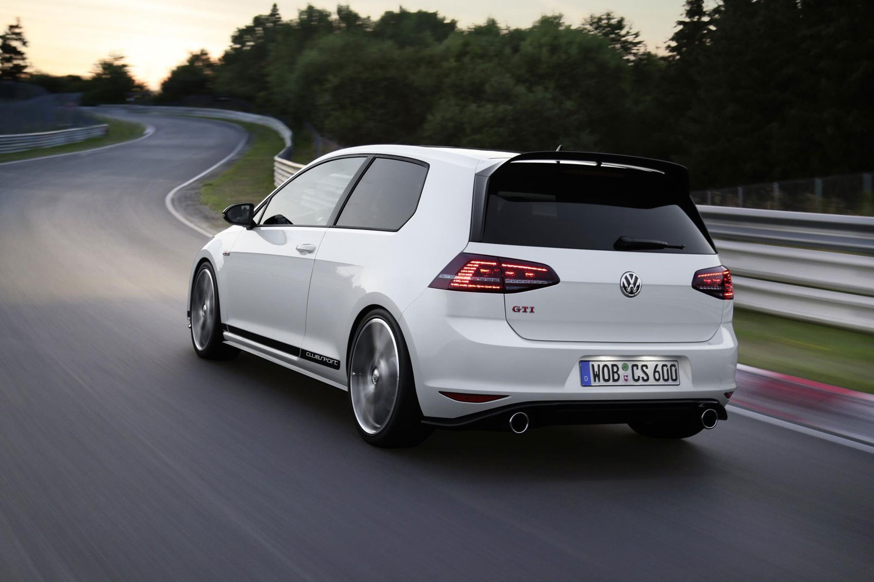 Volkswagen Golf GTI Clubsport Rear in Motion