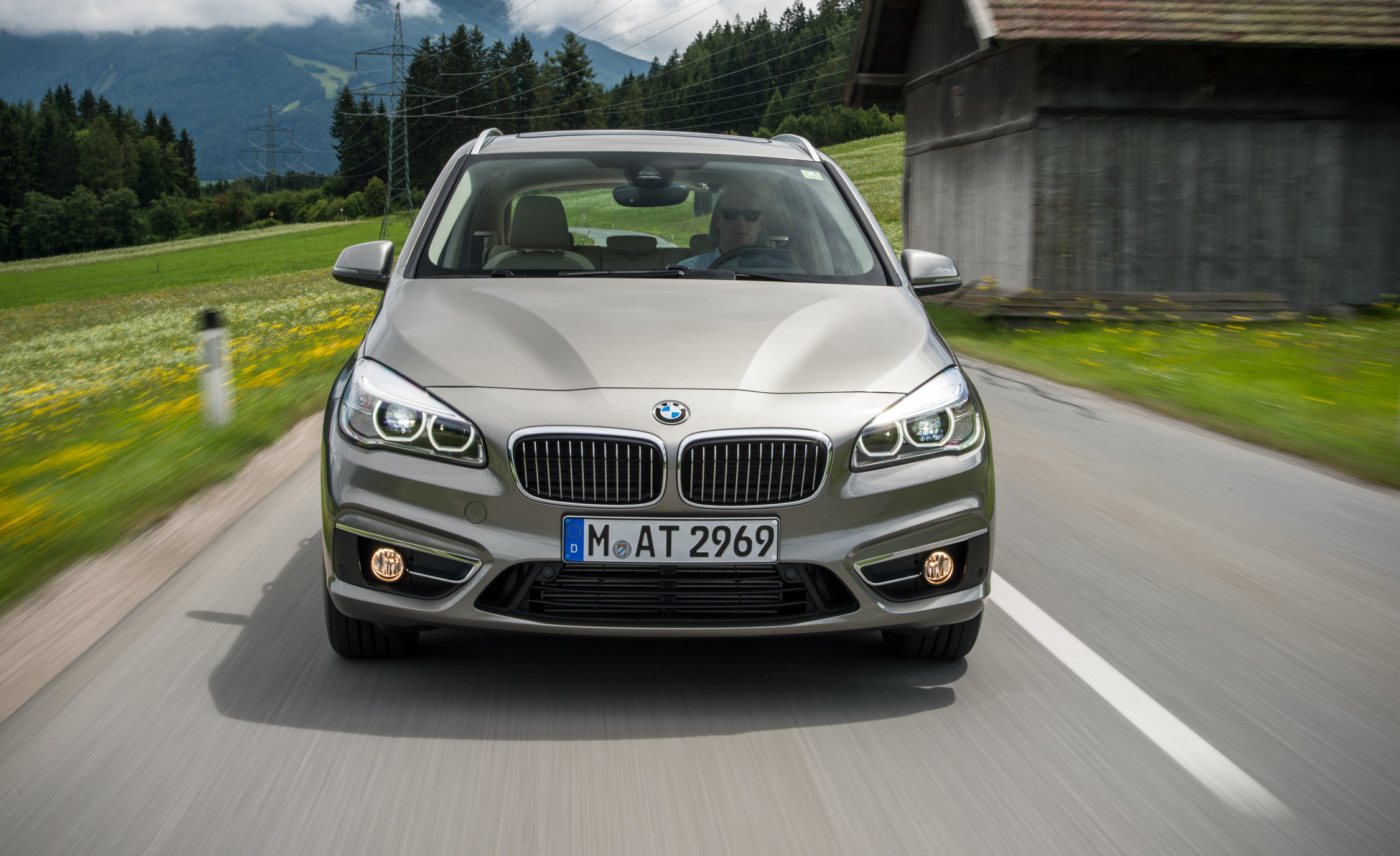 2015 BMW 225i Active Tourer Exterior Front
