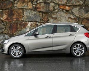 2015 BMW 225i Active Tourer Exterior Side