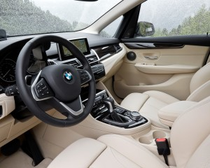 2015 BMW 225i Active Tourer Interior