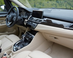 2015 BMW 225i Active Tourer Interior Dashboard