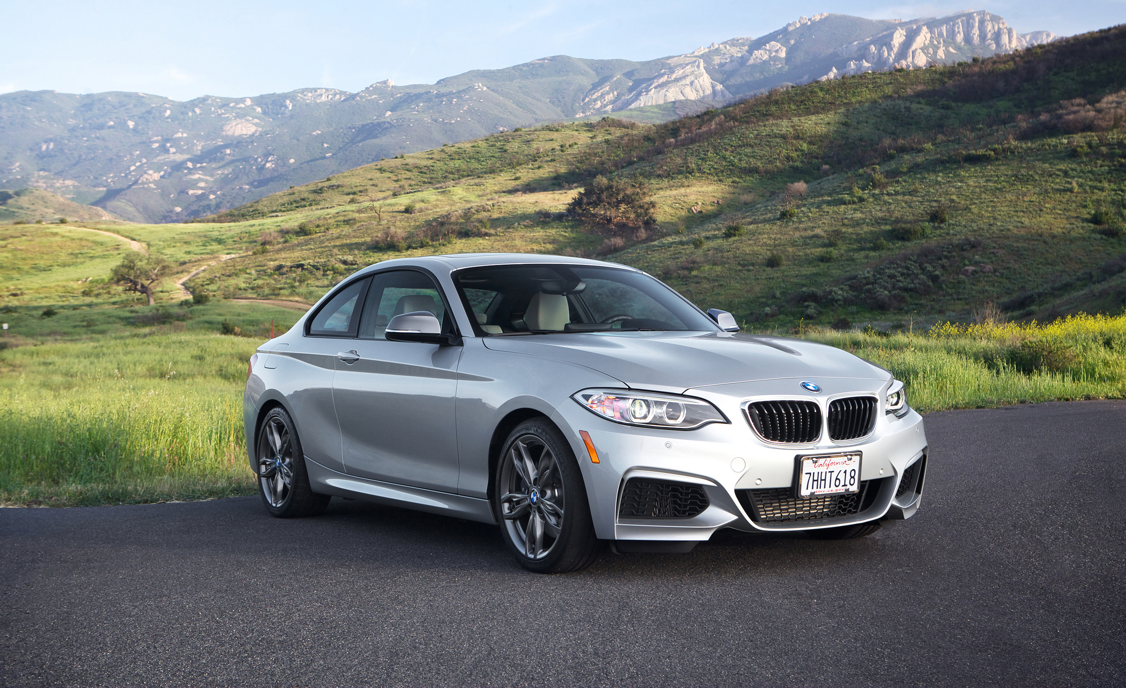2015 BMW M235i xDrive Exterior Front and Side