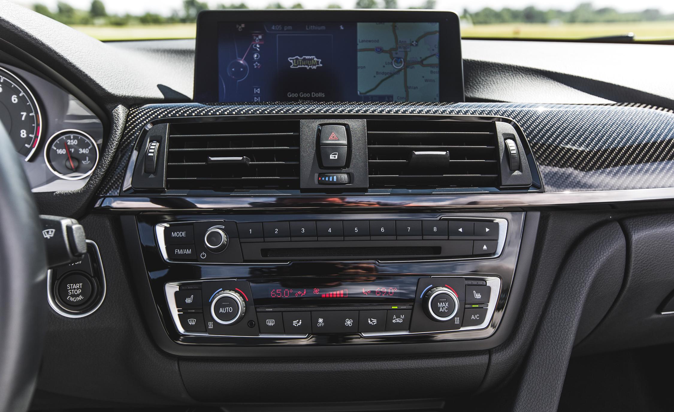 2015 BMW M4 Convertible Interior Head Unit
