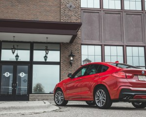 2015 BMW X4 xDrive28i Exterior Rear and Side