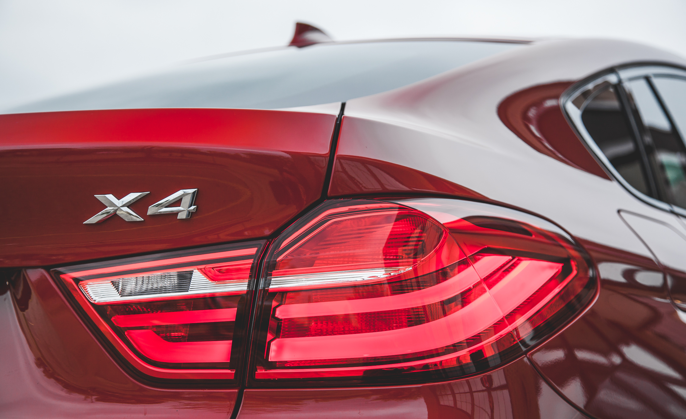 2015 BMW X4 xDrive28i Exterior Taillight Right