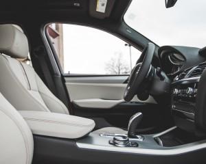 2015 BMW X4 xDrive28i Interior Cockpit