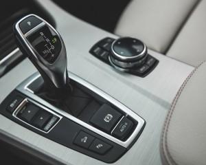 2015 BMW X4 xDrive28i Interior Gear Shift Knob