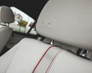 2015 BMW X4 xDrive28i Interior Headrest