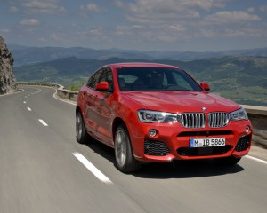 2015 BMW X4 xDrive35i Exterior Front and Side