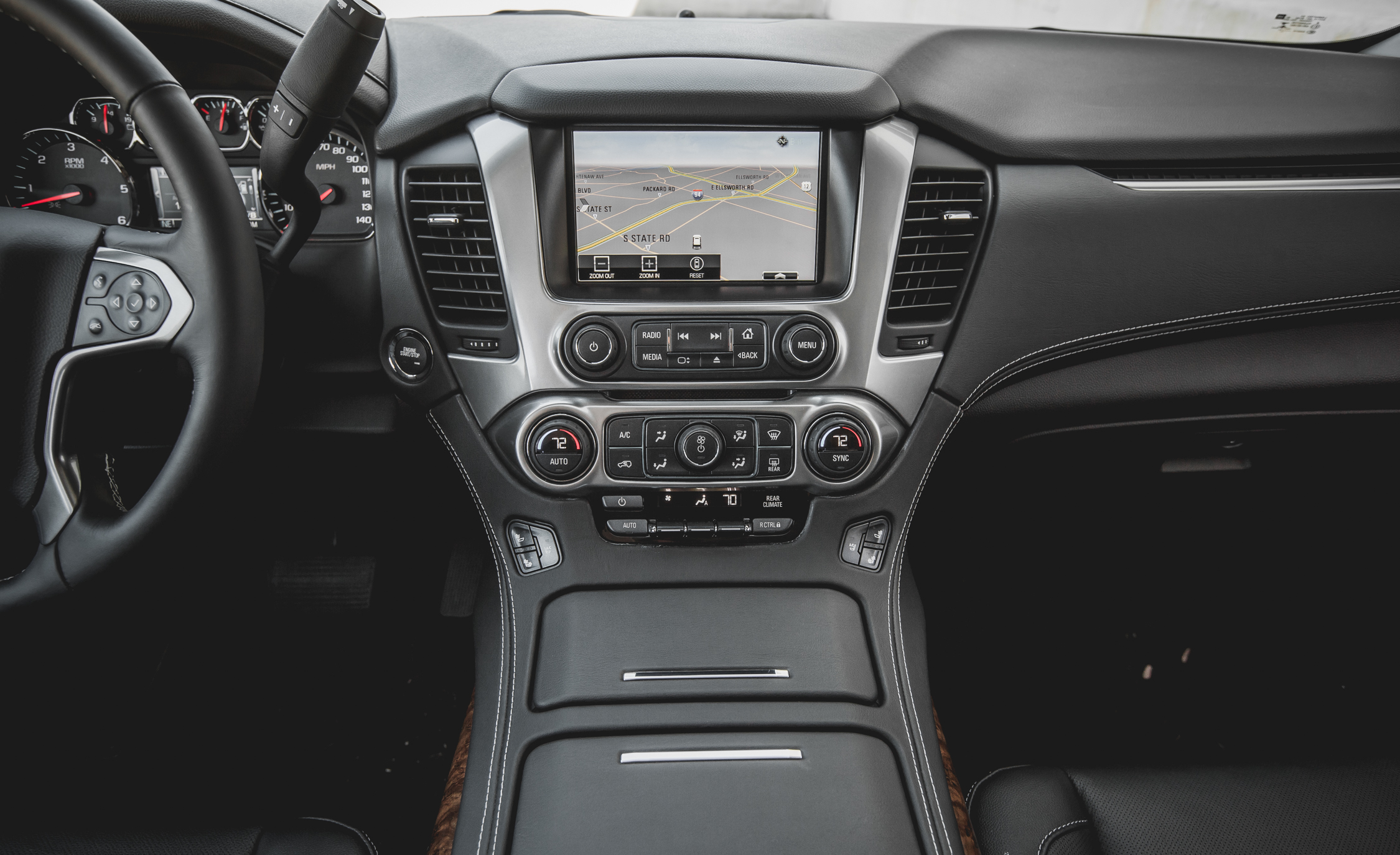 2015 Chevrolet Suburban LTZ Interior Head Unit