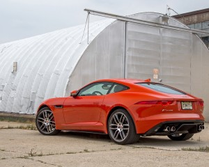 2015 Jaguar F-type R Exterior Side and Rear