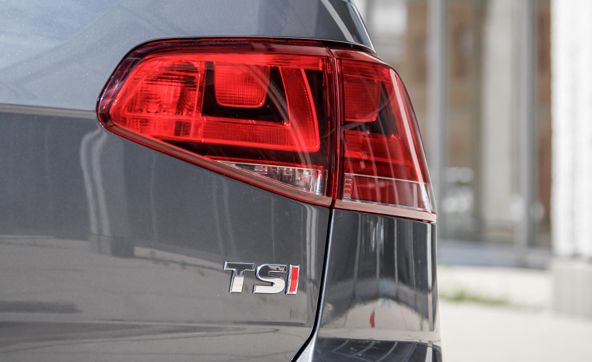 2015 Volkswagen Golf 1.8T TSI Exterior Taillight