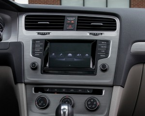 2015 Volkswagen Golf 1.8T TSI Interior Center Head Unit
