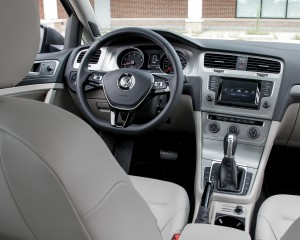 2015 Volkswagen Golf 1.8T TSI Interior Cockpit and Dashboard