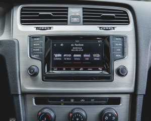 2015 Volkswagen Golf TSI Interior Center Head Unit