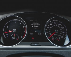 2015 Volkswagen Golf TSI Interior Speedometer