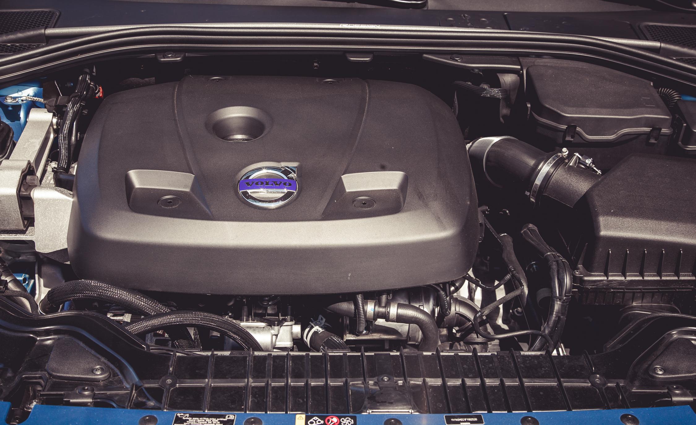 2015 Volvo V60 Turbocharged 2.0-Liter Inline-4 Engine