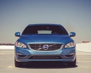 2015 Volvo V60 Exterior Full Front