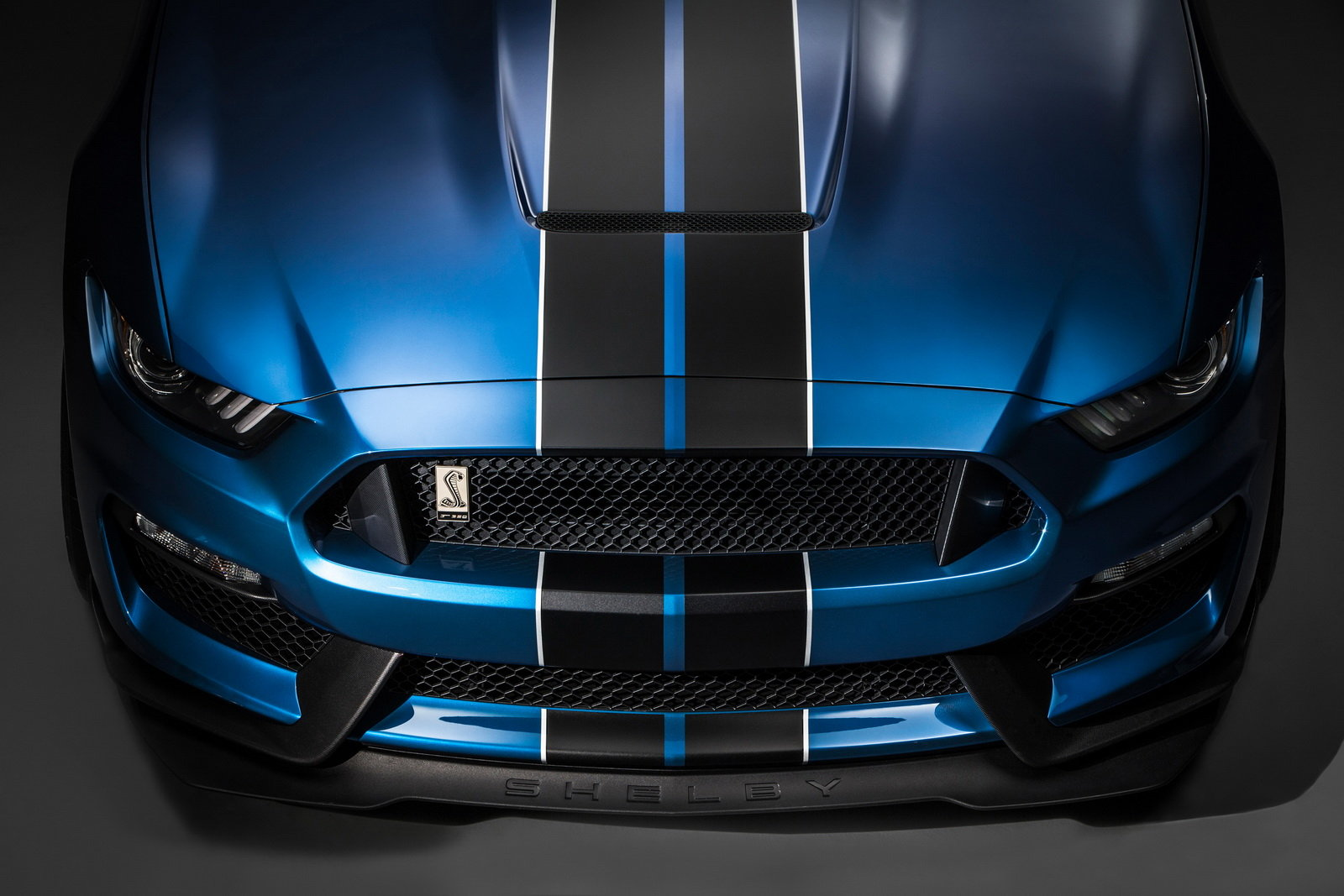 2016 Ford Mustang Shelby GT350R Front Grill and Headlamp