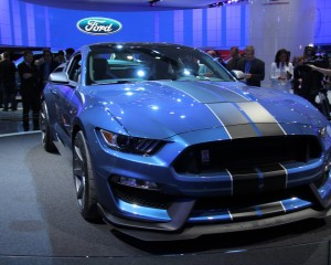 2016 Ford Mustang Shelby GT350R Overview