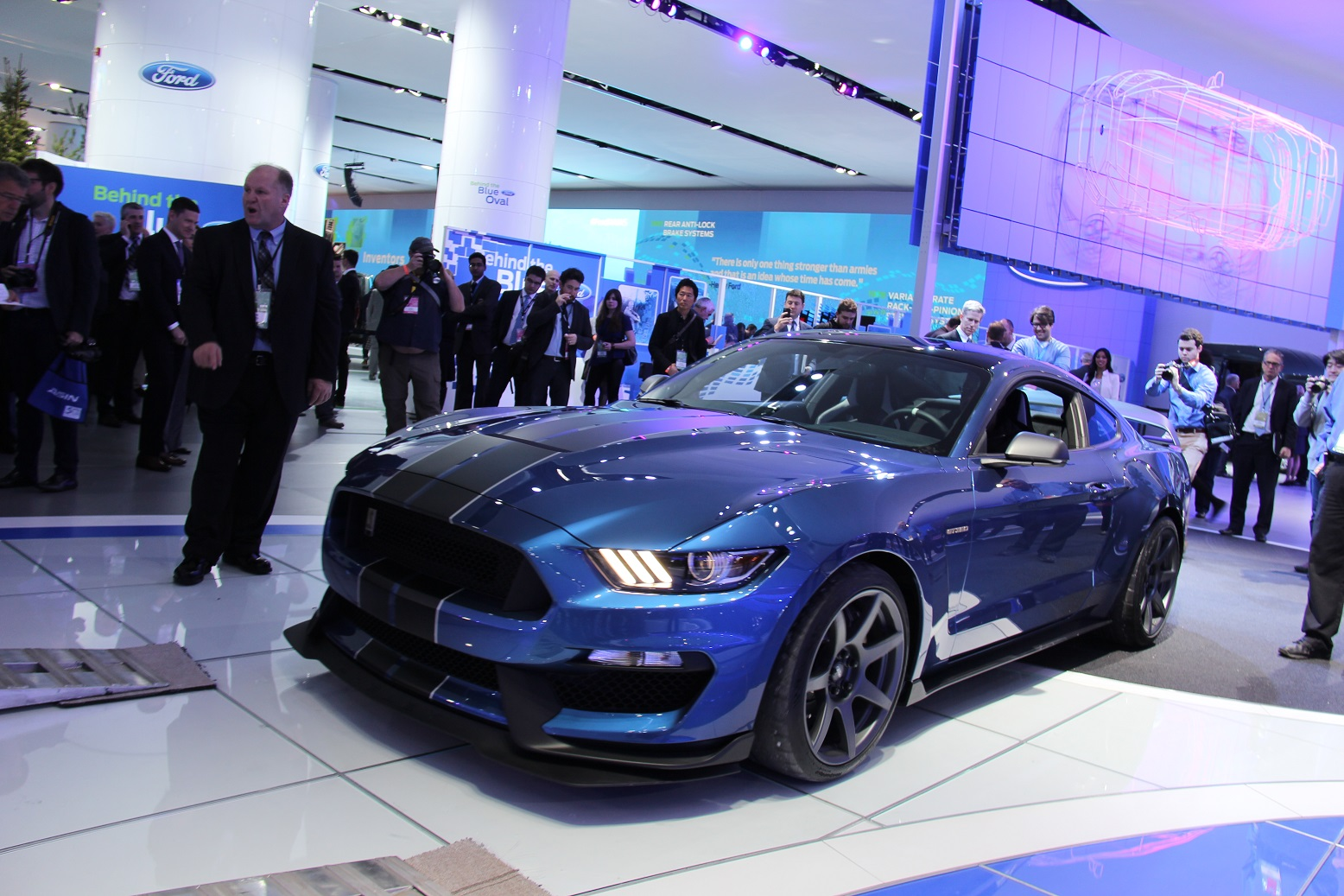 2016 Ford Mustang Shelby GT350R Preview