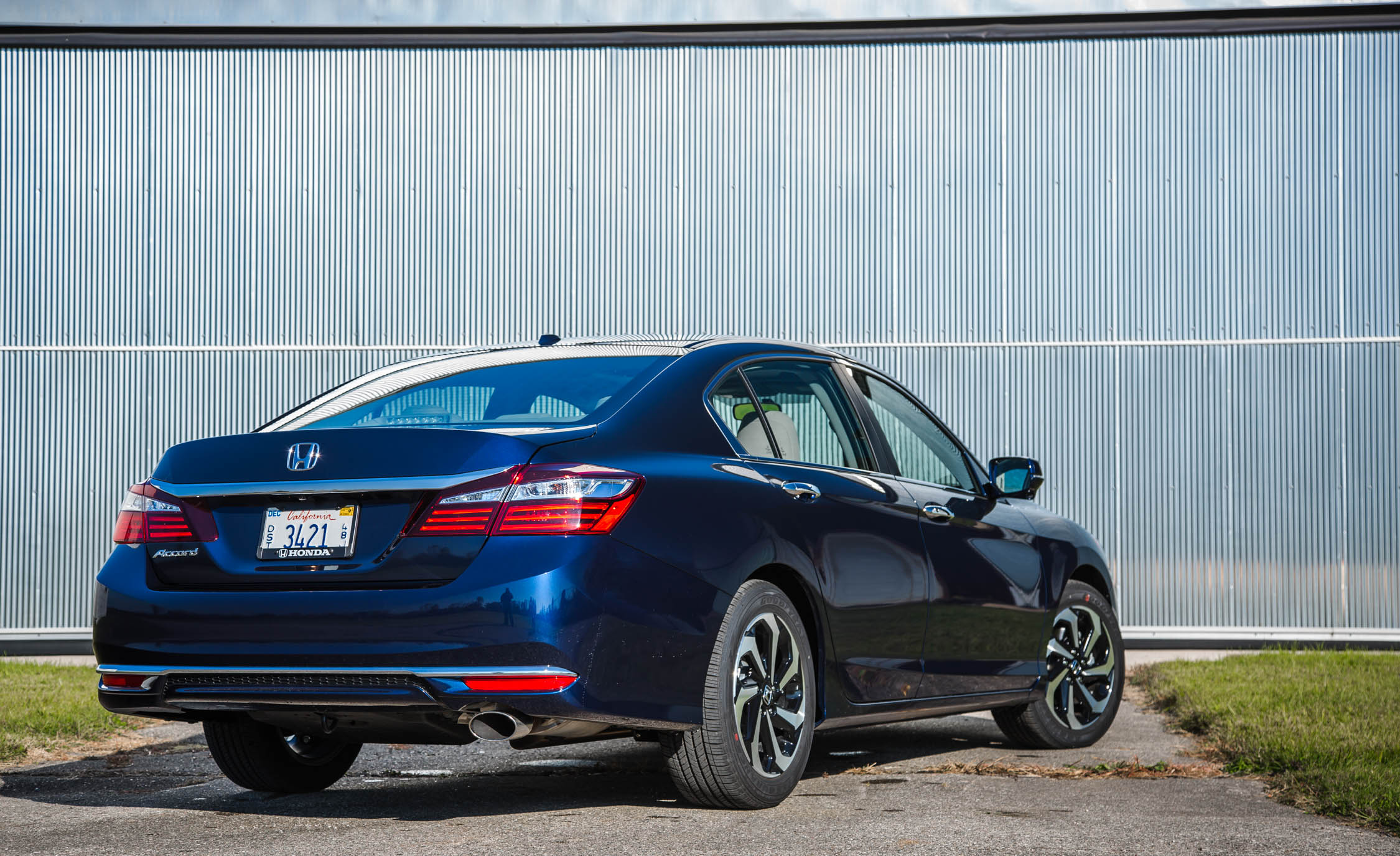2016 Honda Accord EX Exterior Rear