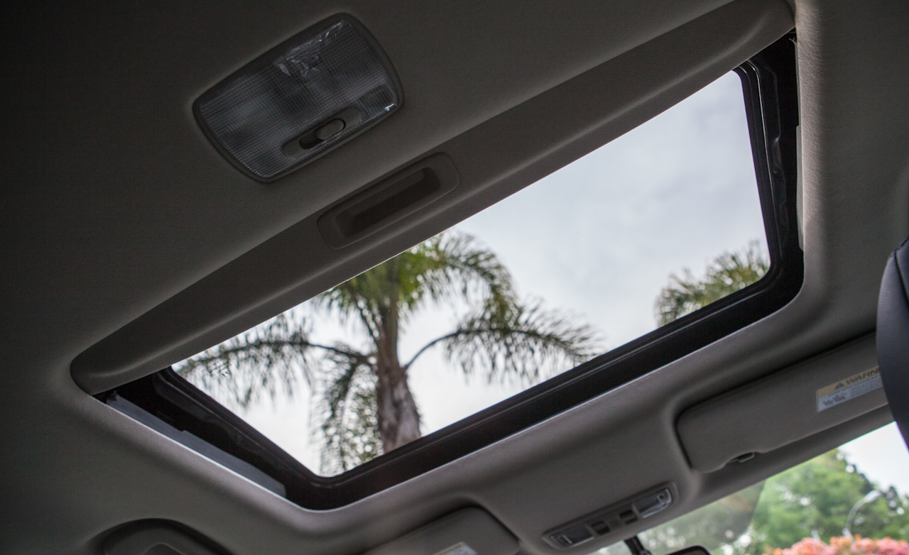 2016 Honda HR-V EX-L AWD Interior Panoramic Roof