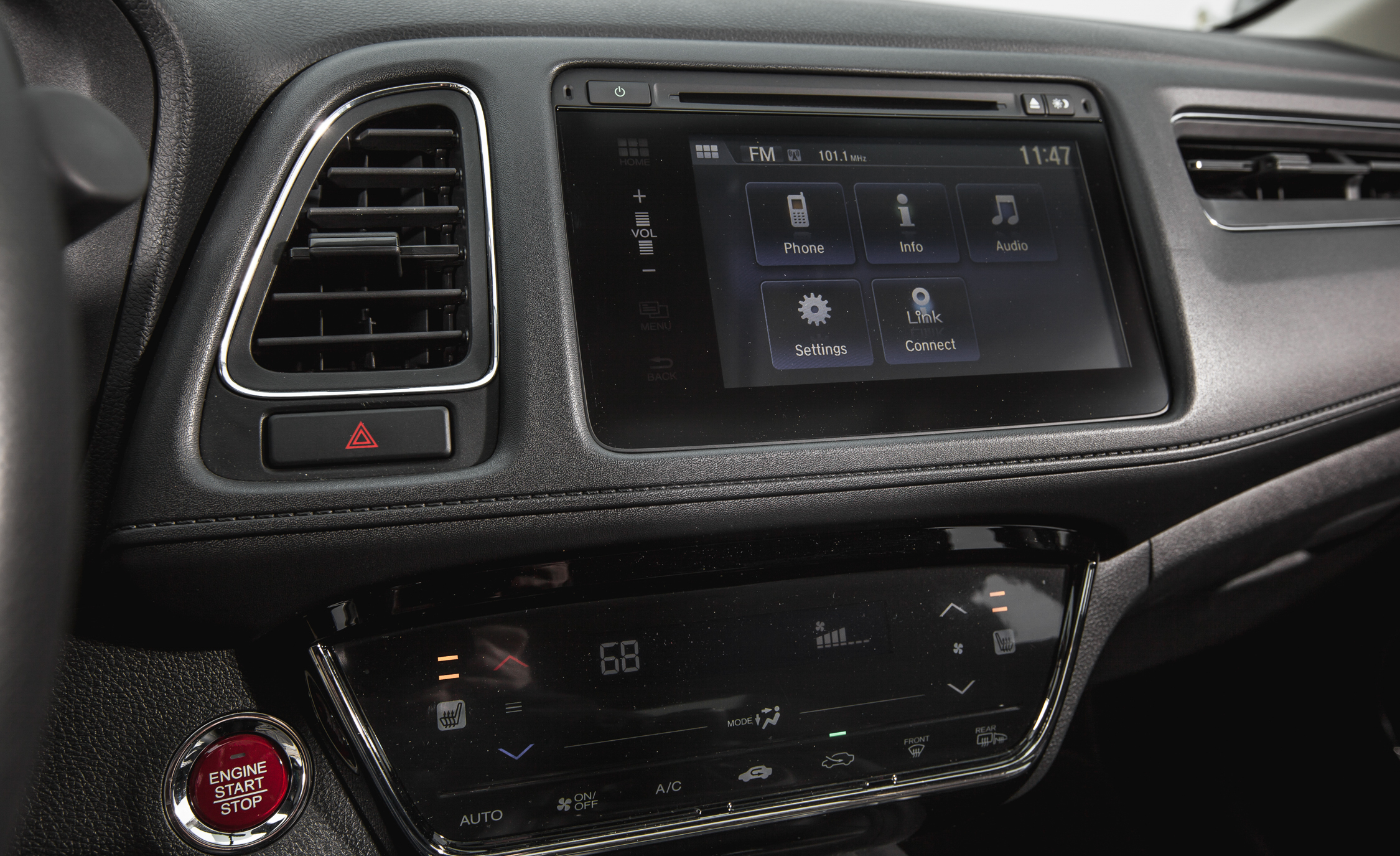 2016 Honda HR-V Interior Center Head Unit