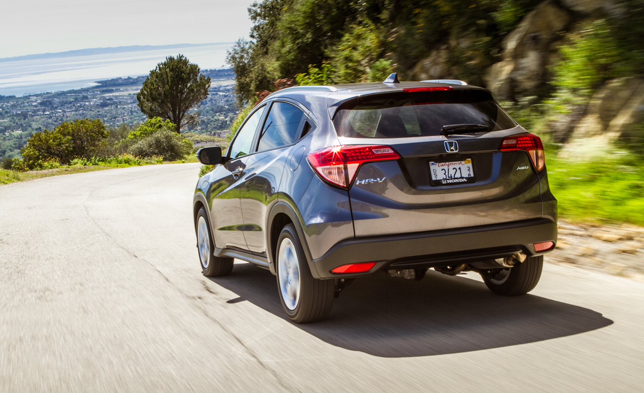 2016 Honda HR-V Test Rear View