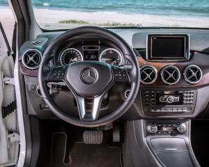 2014 Mercedes-Benz B-Class Interior Cockpit