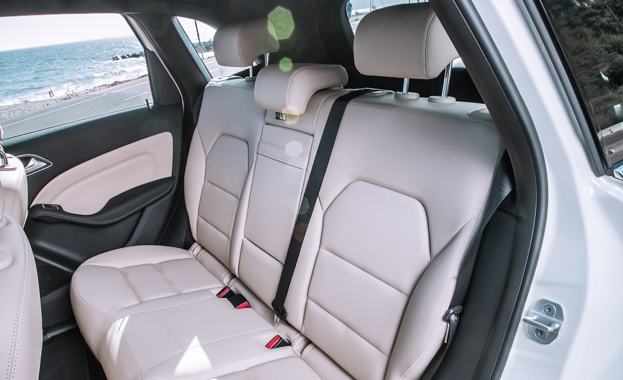2014 Mercedes-Benz B-Class Interior Rear Seats
