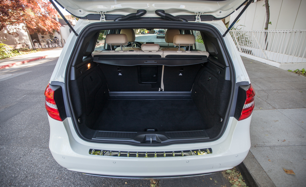 mercedes a class cargo space fiat world test drive. Black Bedroom Furniture Sets. Home Design Ideas