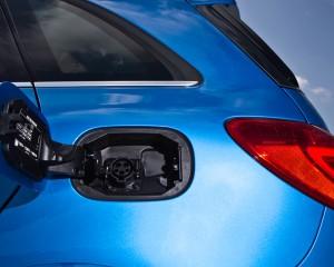 2014 Mercedes-Benz B-class Electric Drive Exterior Chargine Port