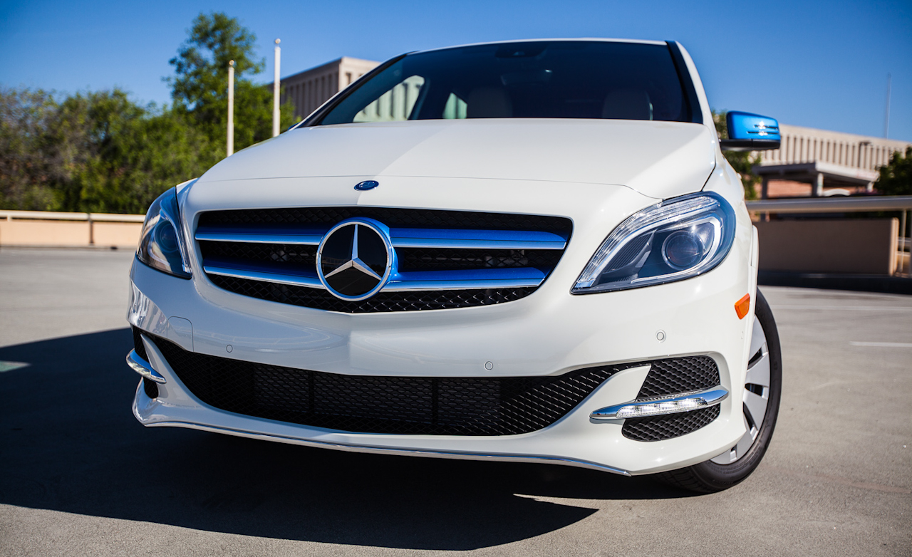 2014 Mercedes-Benz B-class Electric Drive Front End