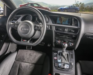 2015 Audi S5 Cockpit and Dashboard