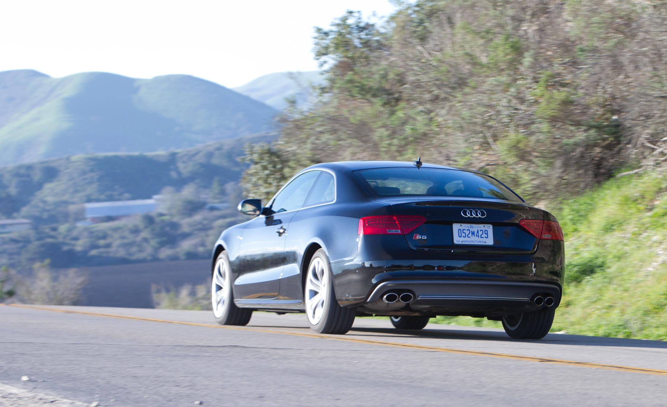 2015 Audi S5 Rear Side Design