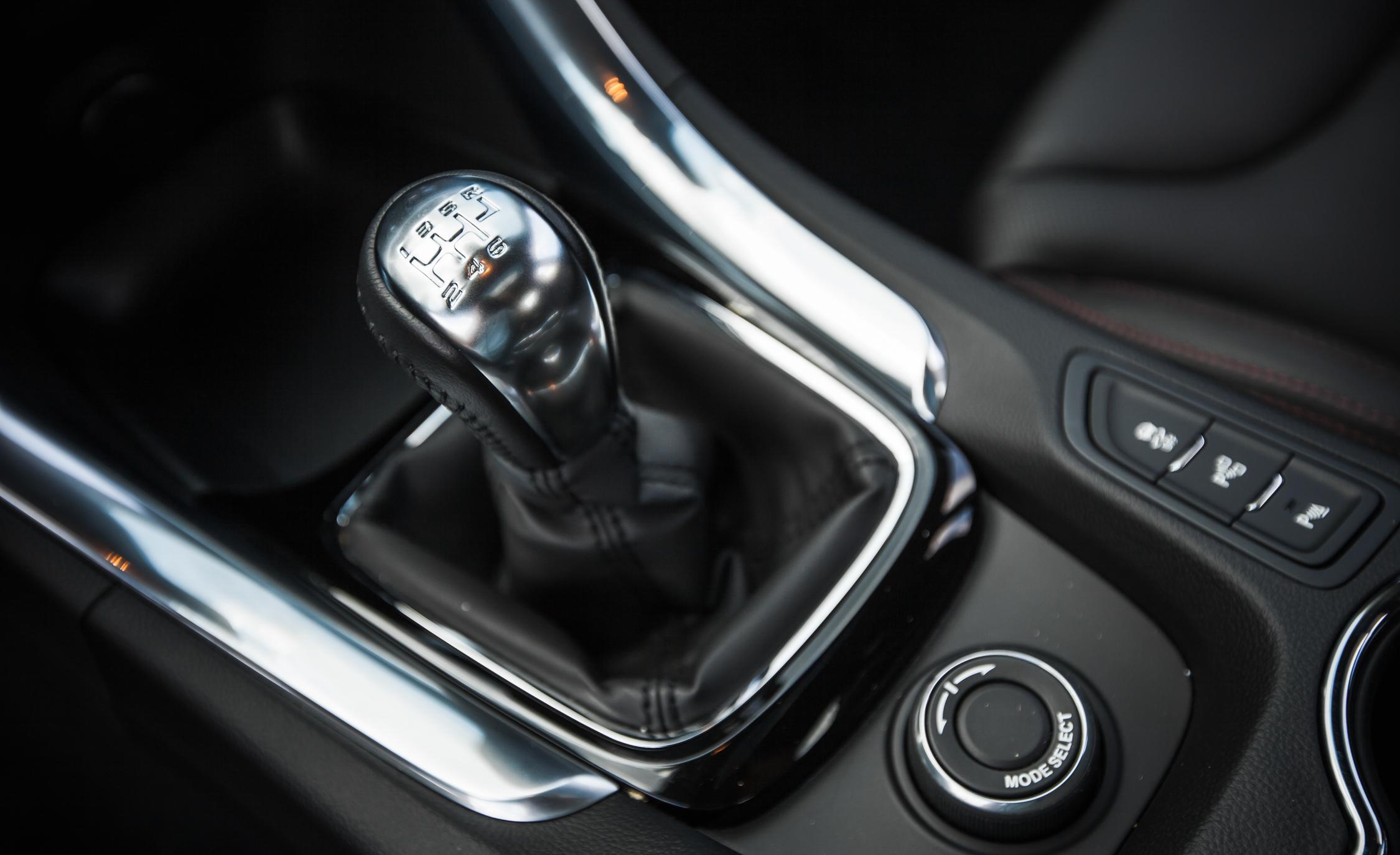 2015 Chevrolet SS Interior Gear Shift Knob
