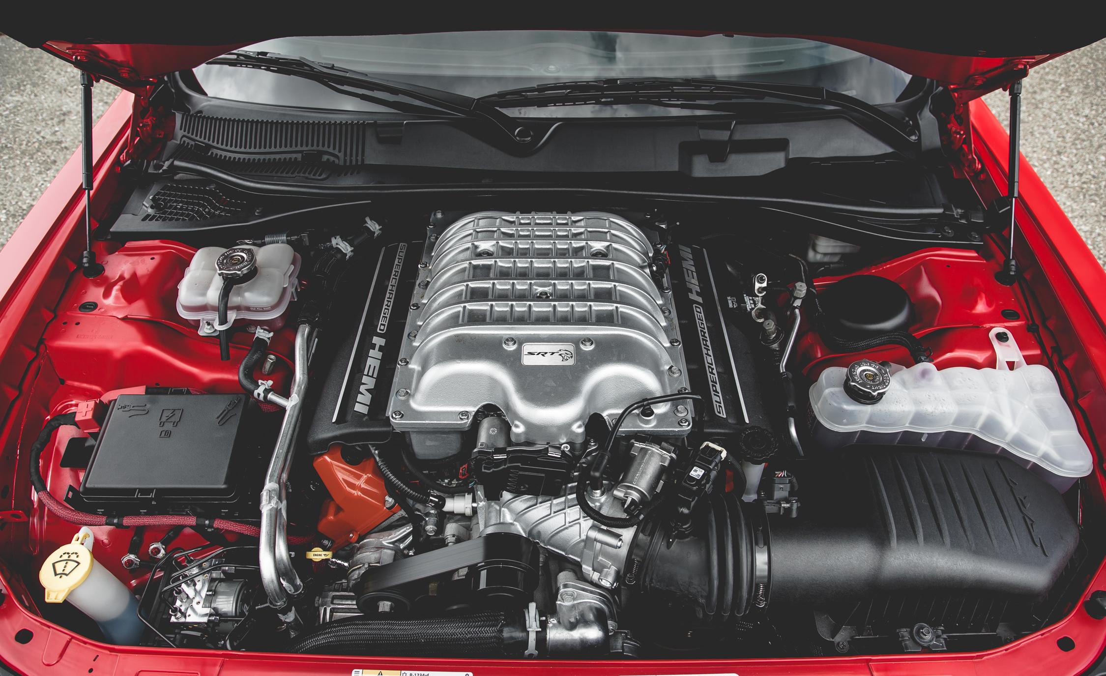 2015 dodge challenger srt hellcat supercharged 6 2 liter v 8 engine 8856 cars performance. Black Bedroom Furniture Sets. Home Design Ideas