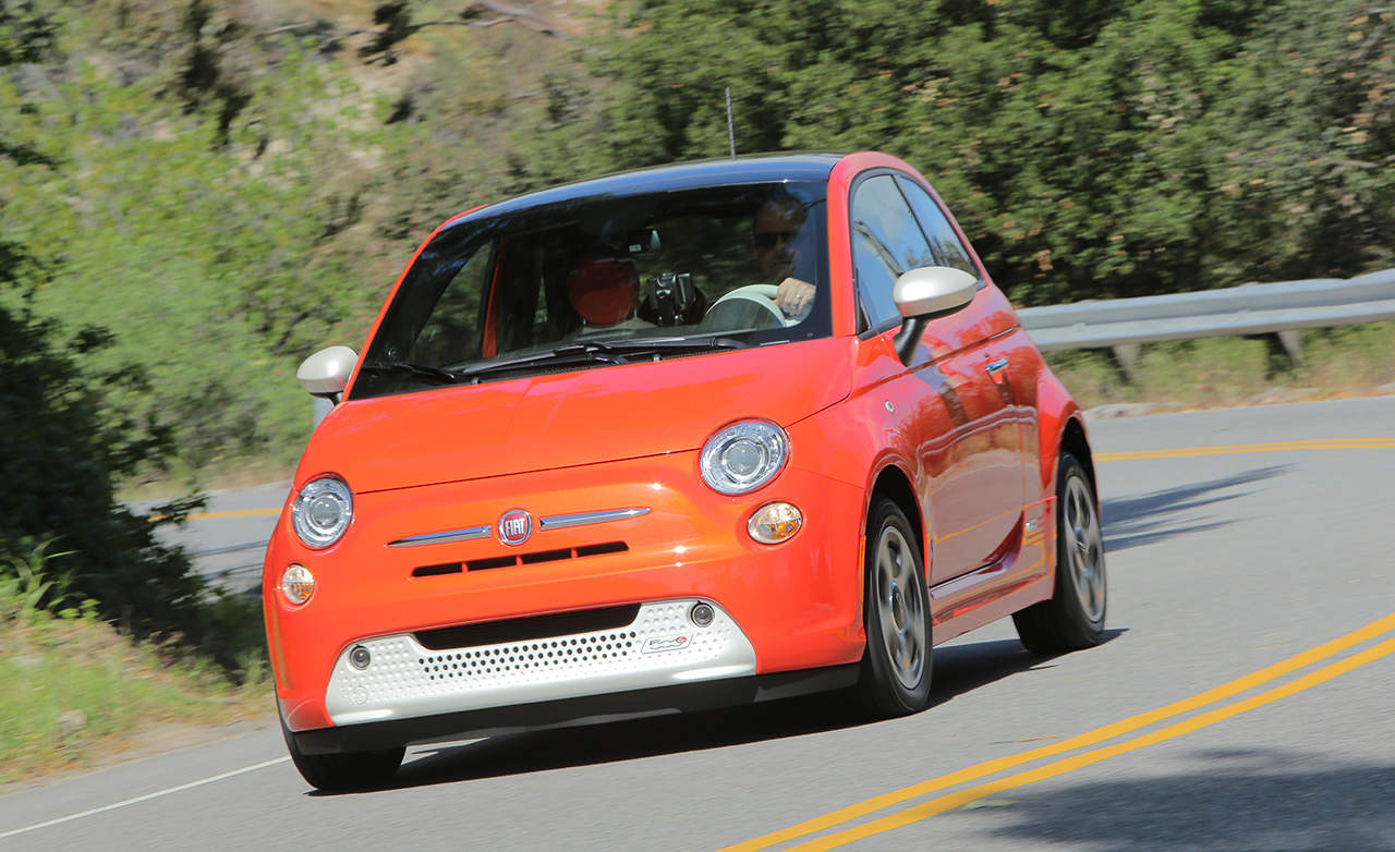 2015 fiat 500e electric car with zero emissions 7612 cars performance reviews and test drive. Black Bedroom Furniture Sets. Home Design Ideas