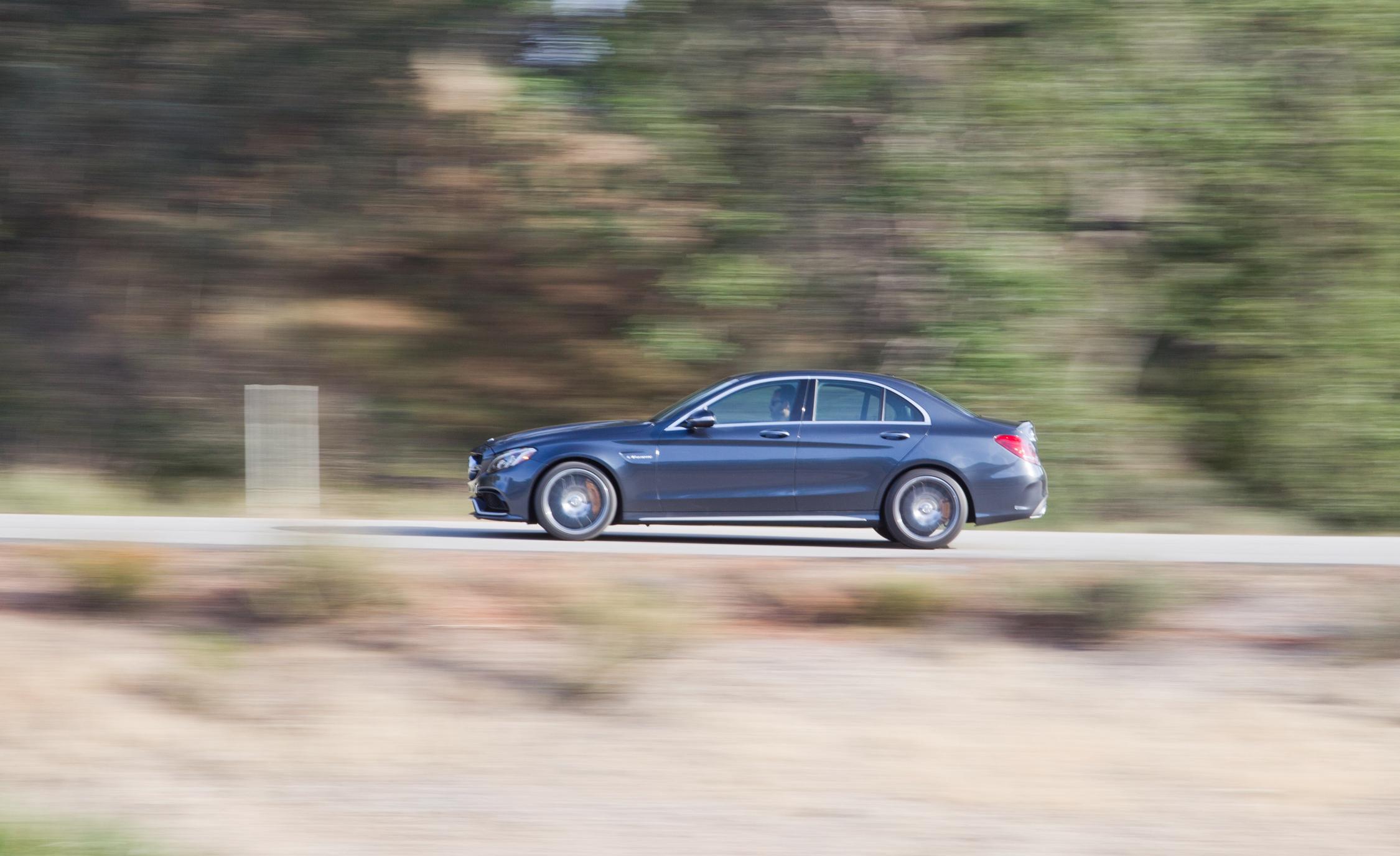 2015 Mercedes-AMG C63 S-Model Side Design