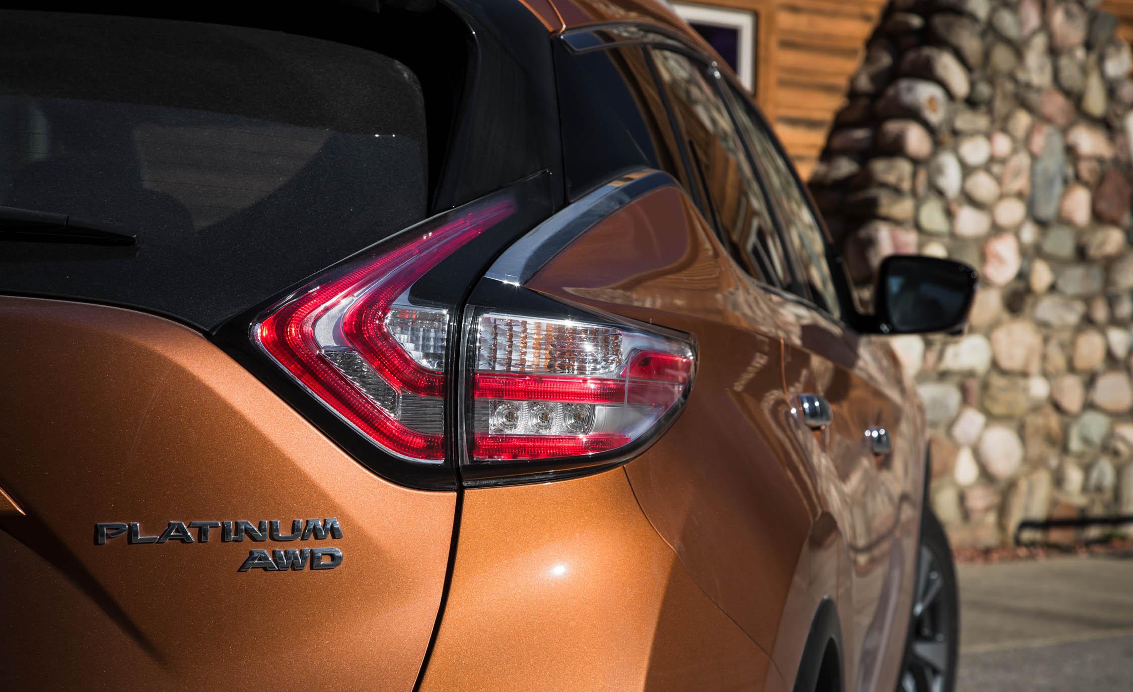 2015 Nissan Murano Platinum AWD Exterior Taillight